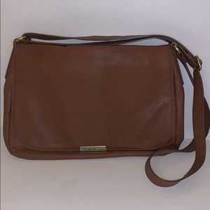 Relic Classic Cross-body Bag in Brown
